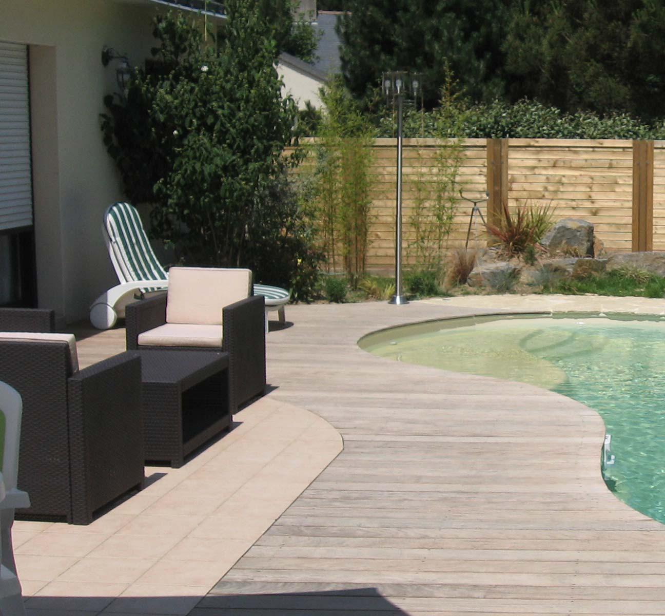 Terrasse bois aménagement jardin Nantes