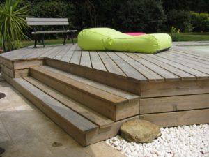 marche escalier terrasse bois