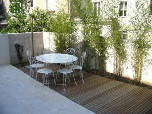 salon jardin bamboo terrasse bois dallage