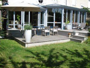 terrasse maçonnerie bois jardin salon