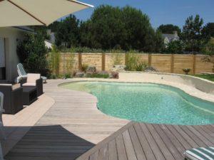 piscine aménagement bois