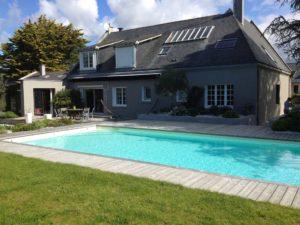 terrasse bois aménagement piscine décoration